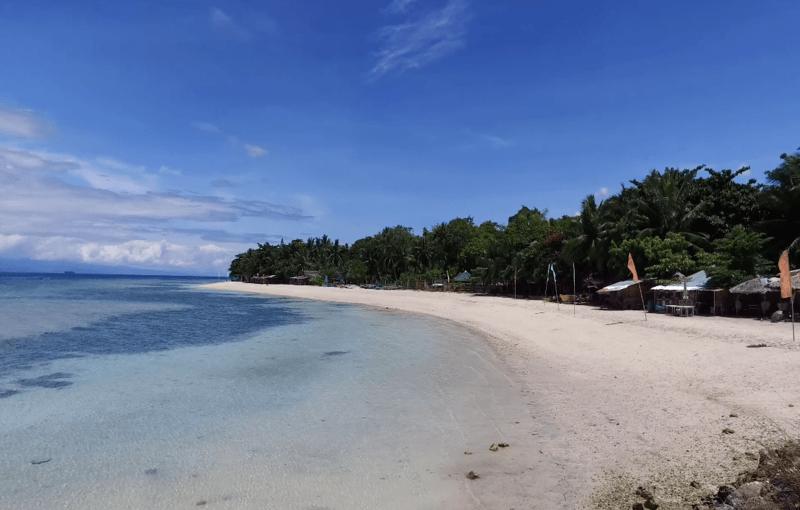 Lambug beach Moalboal